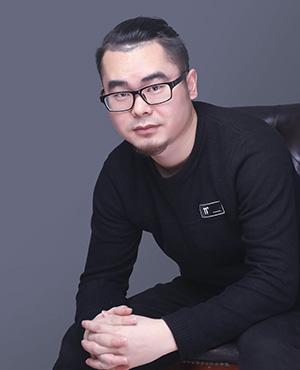 首席设计师杨少刚