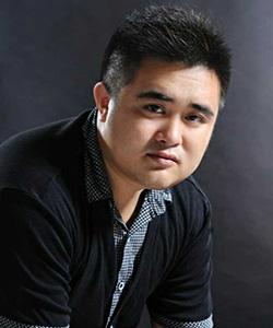 主任设计师王亮