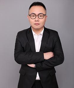 主任设计师陈昱锦