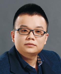 主任设计师何凌峰