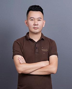 主任设计师邓云龙